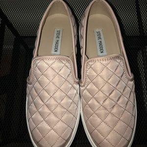 Pink Steve Madden Ecentrcq slip on sneakers 7m